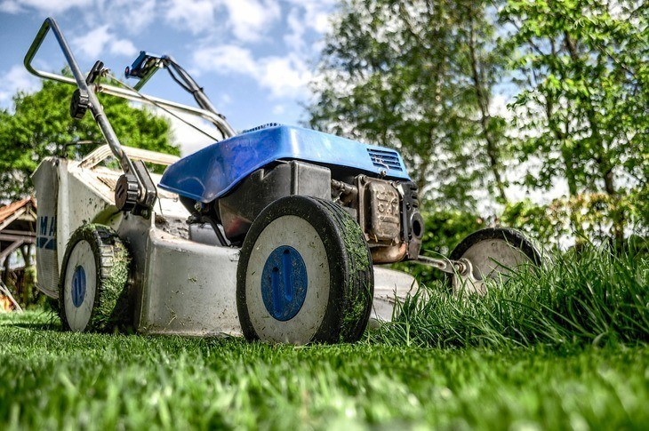 Manual push mowers are lawn mowers of the past, they take much of your effort.