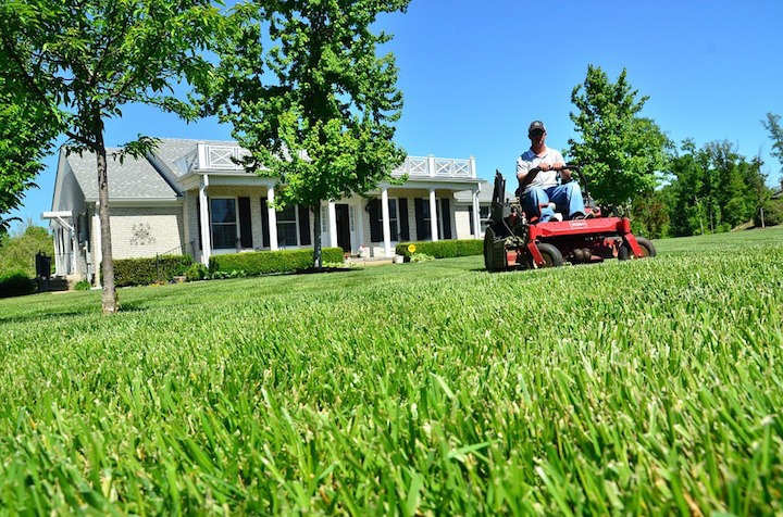 There are several benefits of having a ride-on lawn mower, from attachments to ease of use