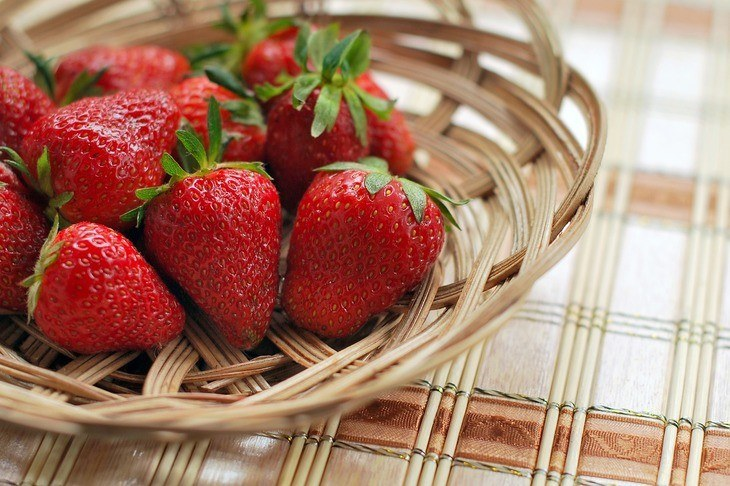 Fresh strawberries are good for health