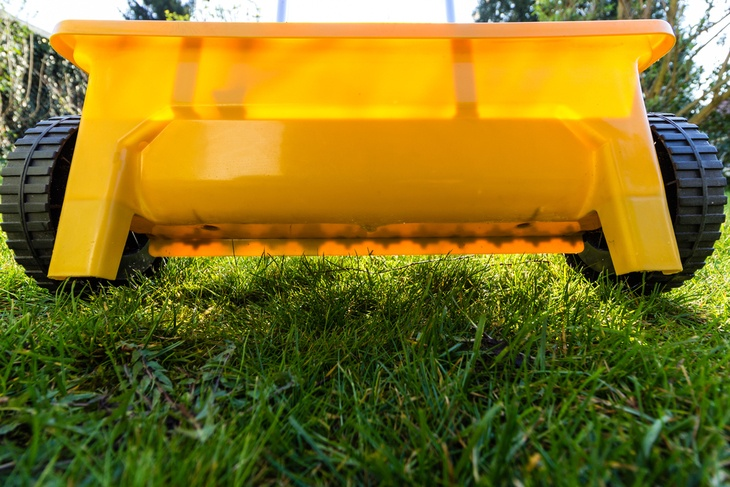 A drop spreader is the best choice when spreading fertilizer on your garden.