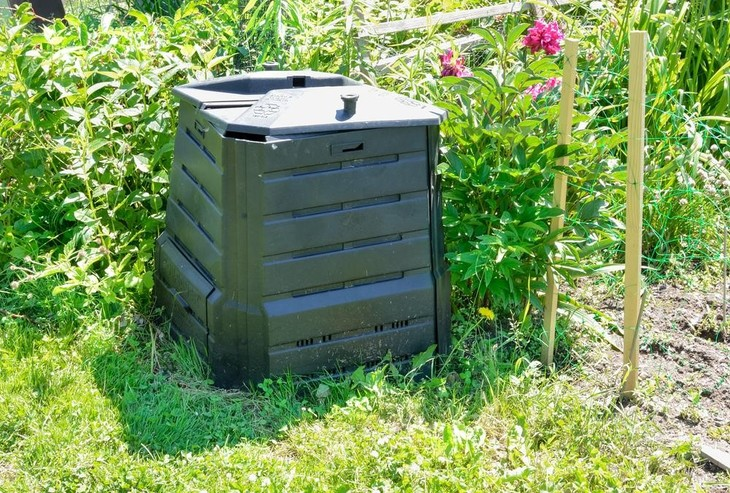 Compost bins are perfect for backyard composting