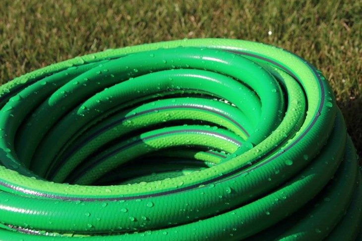 A regular garden hose is usually heavy and a lot more difficult to store. Moreover, it's a lot less flexible