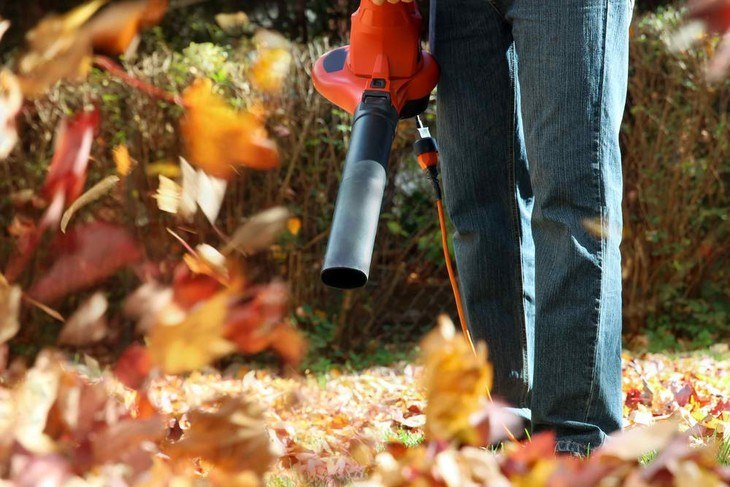 Blower mulchers are better than using different tools for blowing, vacuuming, and mulching