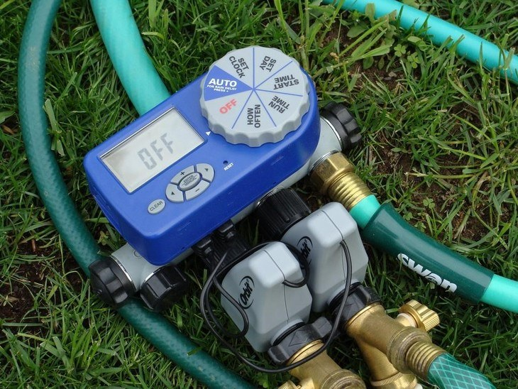 Timers allow you to schedule watering your lawns. This ensures that they get the water they need without the need for manual work.