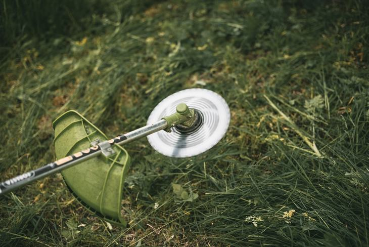A string trimmer is another tool that used to trim grasses. This usually makes use of a flexible monofilament line