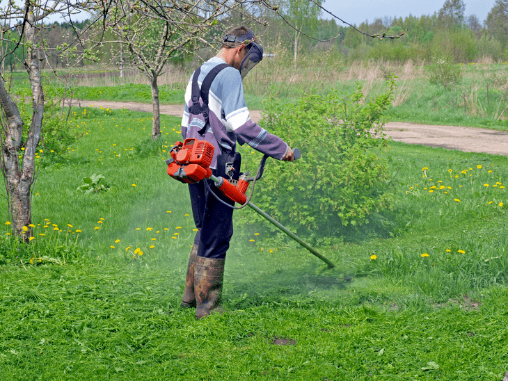 The best commercial string trimmer is gas-powered